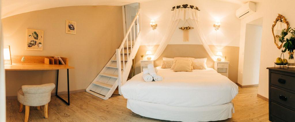 chambres-dhôtes-charme-pres-collioure-charming-bb-laroque-des-albères-Roca-collioure-1-1024x423